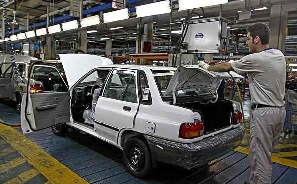 کارشناسان و تحلیلگران عنوان میکنند همچنان روند کند و غیرقابل قبول گذشته بر این صنعت پولساز حاکم بوده و تا این لحظه اتفاق بزرگی در حوزه خودروسازی رخ نداده است.